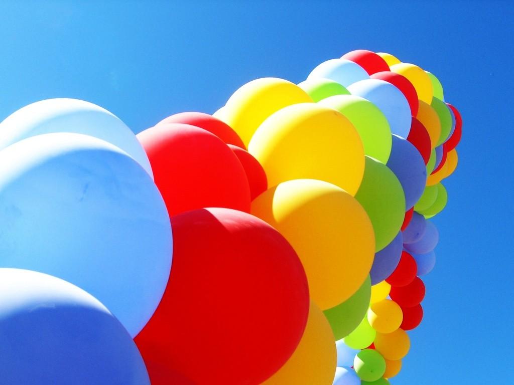 manuel-linares-globos